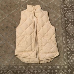 J. Crew factory cream quilted vest - size XS